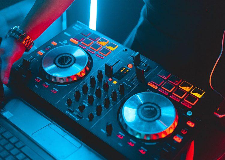 Console DJ 2020
